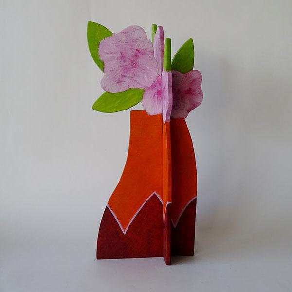 vaas bloemen roze, hout, 33 x 16 x 16, € 65,-